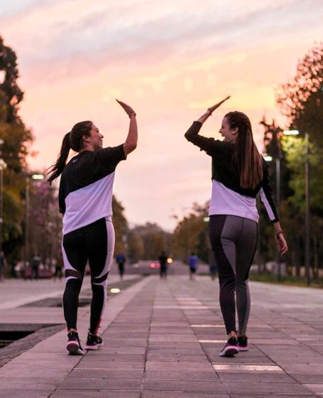 7 momentos divertidos con tus amigos que vas a vivir corriendo