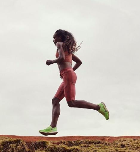 ¿Qué es mejor para adelgazar? ¿Correr rápido o lento?