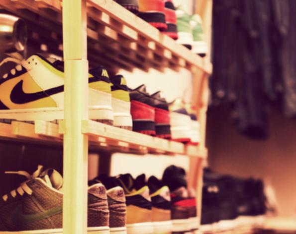 Razones para depurar tu closet de tenis viejos