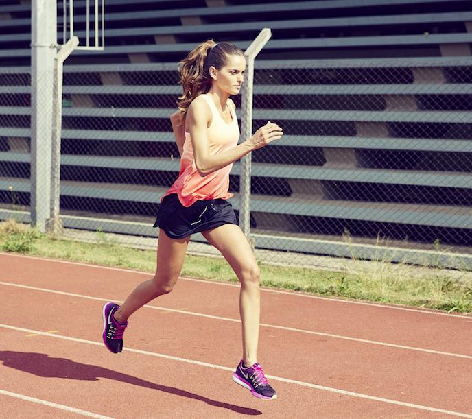 Entrenar antes del mediodía te ayudará a bajar de peso y a estar más atenta en el día