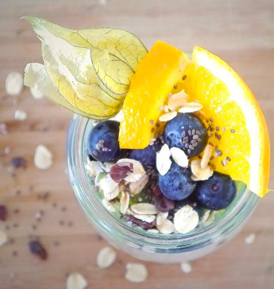 Muesli de avena con arándanos para mejorar tu digestión y tener energía